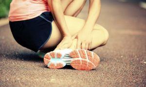 Симптомы и первая помощь при вывихе голеностопного сустава